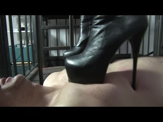 Mistress Blackdiamoond – Trampling victim [femdom, domination, humiliation, female domination, sexy, boots, feet, trampling]