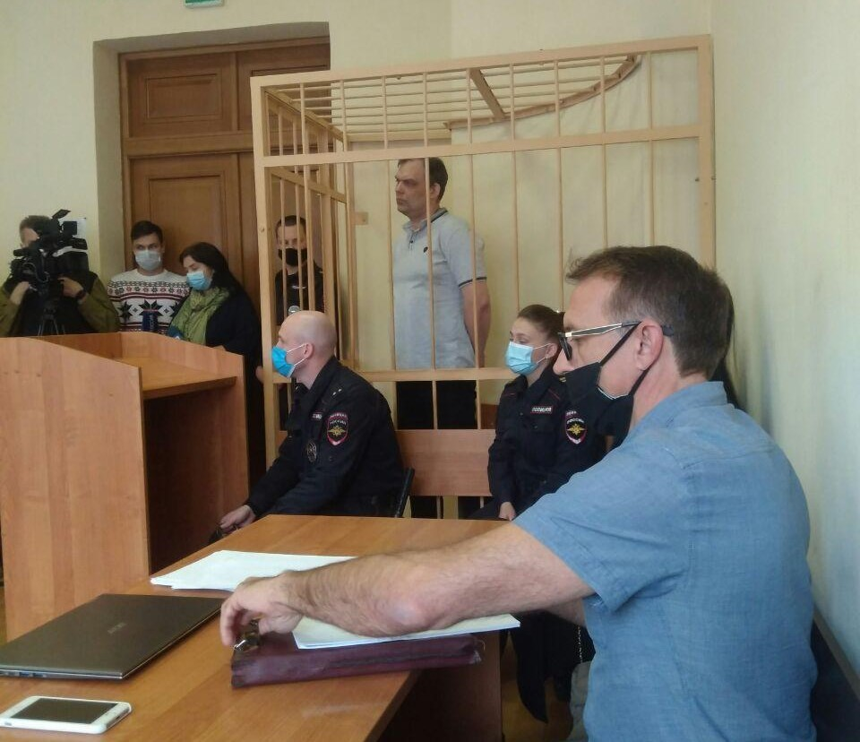 В Ярославле бывший полковник полиции осужден за многомиллионные взятки