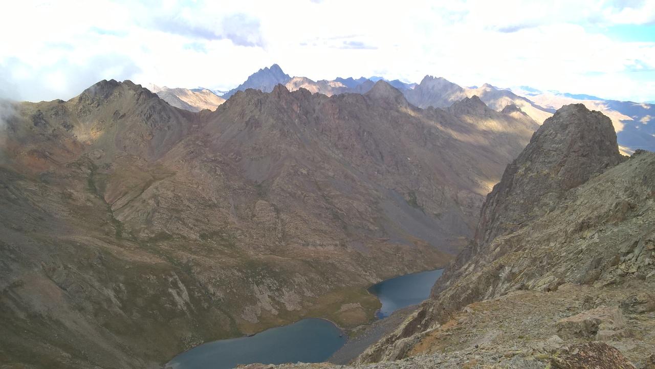Двойные озёра в турецких горах Качкар