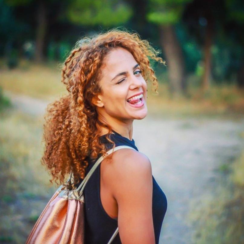 """Лабрини Цакалу: """"Участие в съемках и конкурсах красоты? Многие советуют попробовать. Почему бы и нет?"""", изображение №4"""