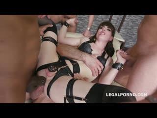 Шлюшка Natalie Mars обслужила 4 члена (sissy tgirl shemale femboy)