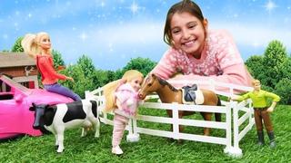 Barbie videoları. Oyuncak bebek Chelsea ve çiftlik hayvanlar! Anne bebek oyunu
