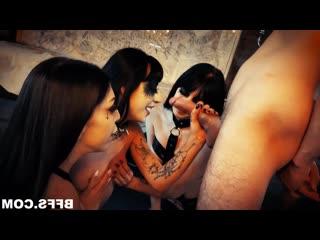 Ритуал по призыву Члена Charlotte Sartre, Harlowe Blue, Leda Elizabeth  [BDSM, porno, Sex, kinky, hardcore, rough, бдсм, жестко]