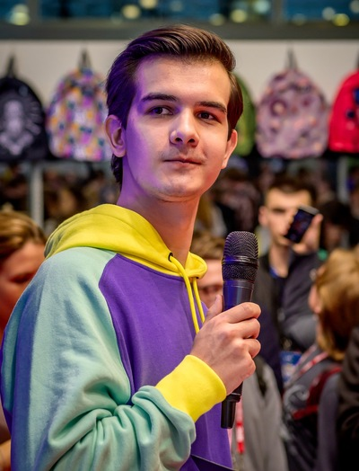 Влад Кащенко