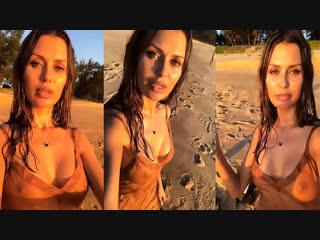 Боня Голая На Пляже