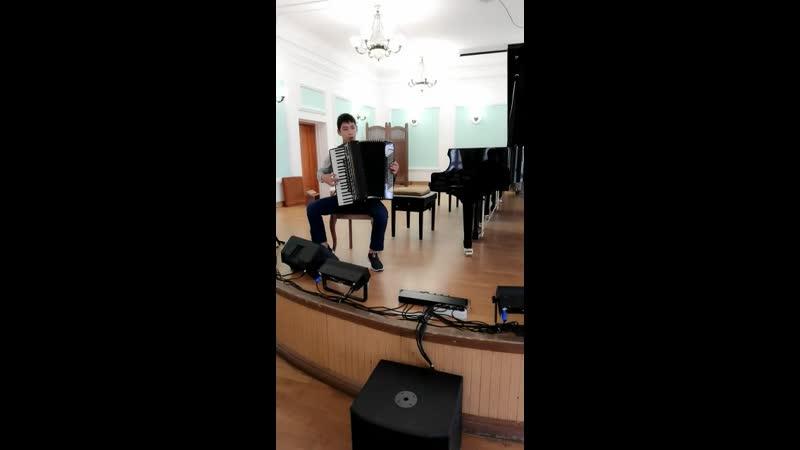 Дюлюбчин Василий 16 лет аккордеон Общеразвивающая программа Ах Самара городок