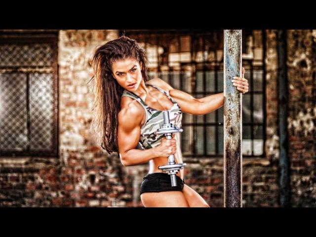 Valeria Ammirato IFBB Bikini World Champion 2013 Outdoor Photoshooting Video Part 1.