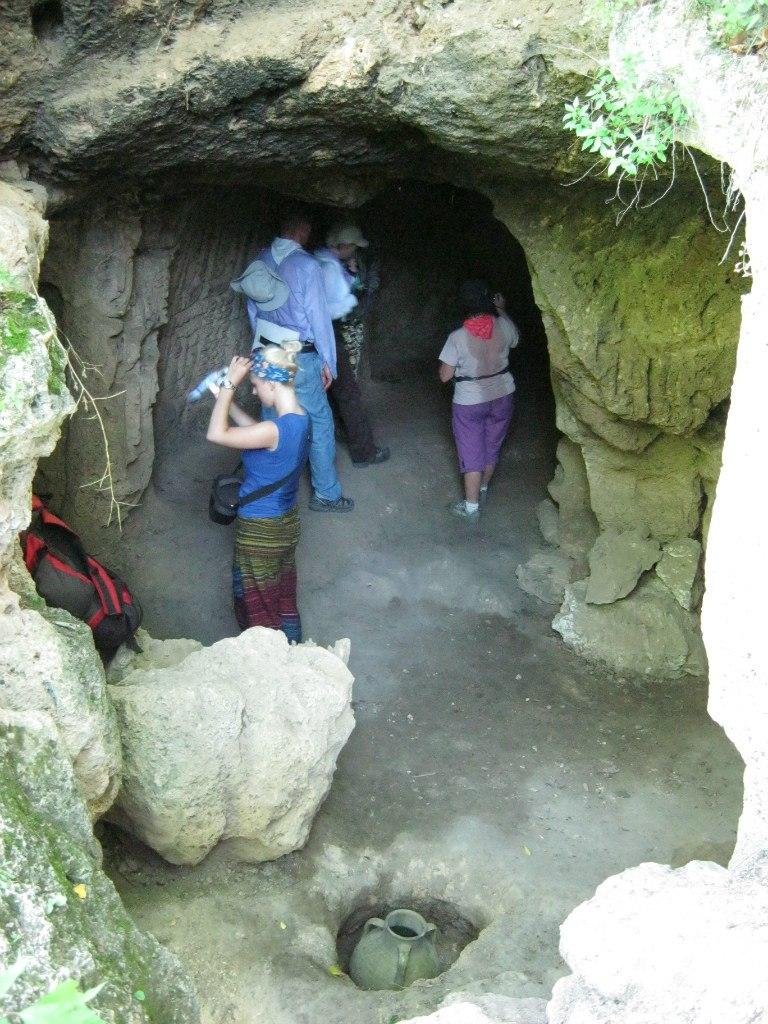 В пещерах Ластивер