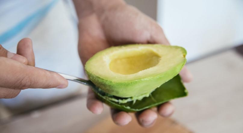 Только не в ведро! 10 полезных применений кожуры фруктов и овощей, изображение №1