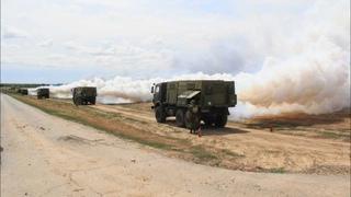 Постановка дымовой завесы военнослужащими войск РХБ защиты ЮВО