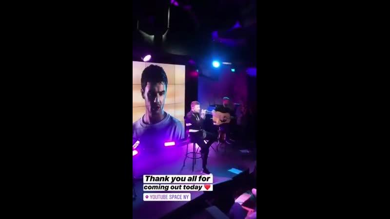 INFO Liam chantant StackItUp lors de l'événement YouTube hier soir à New York. 18.09 - - Via sa story Instagram