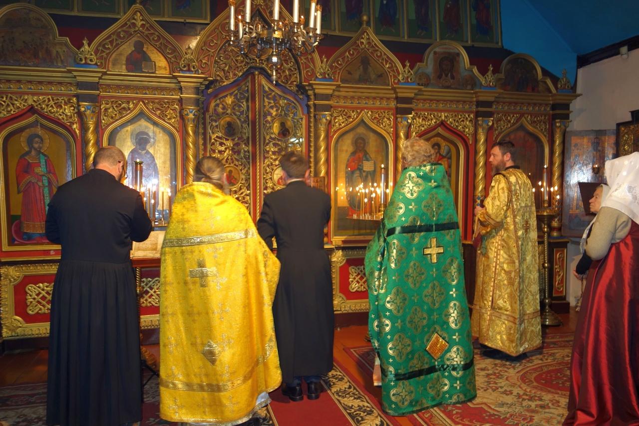 Поставление иподиакона Михаила Бледникова