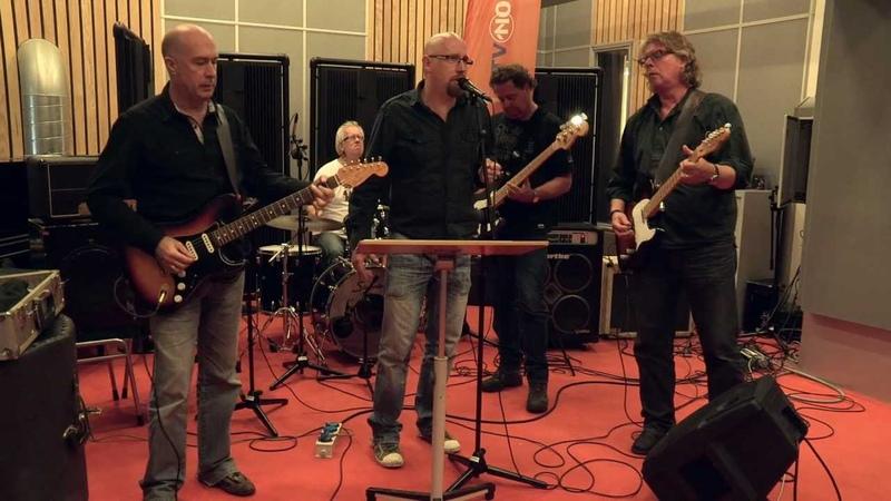 Hans van Lier The Sidekicks It's Over Live@CaféMartini