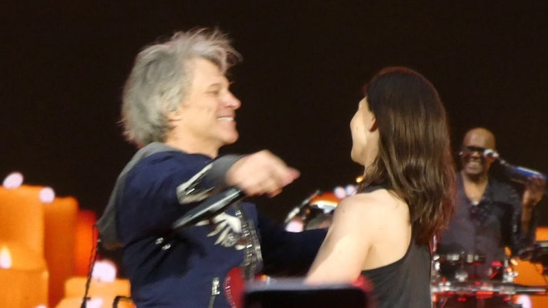 Bon Jovi Bed Of Roses Live at Wembley London 2019 GIRL ON STAGE