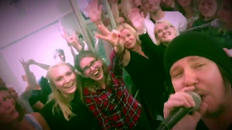 Happoradio Pois Kalliosta in the dining car 14 07 2017