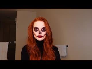 Мэделин Петш_Following the audio of a Halloween makeup tutorial _ Madelaine Petsch