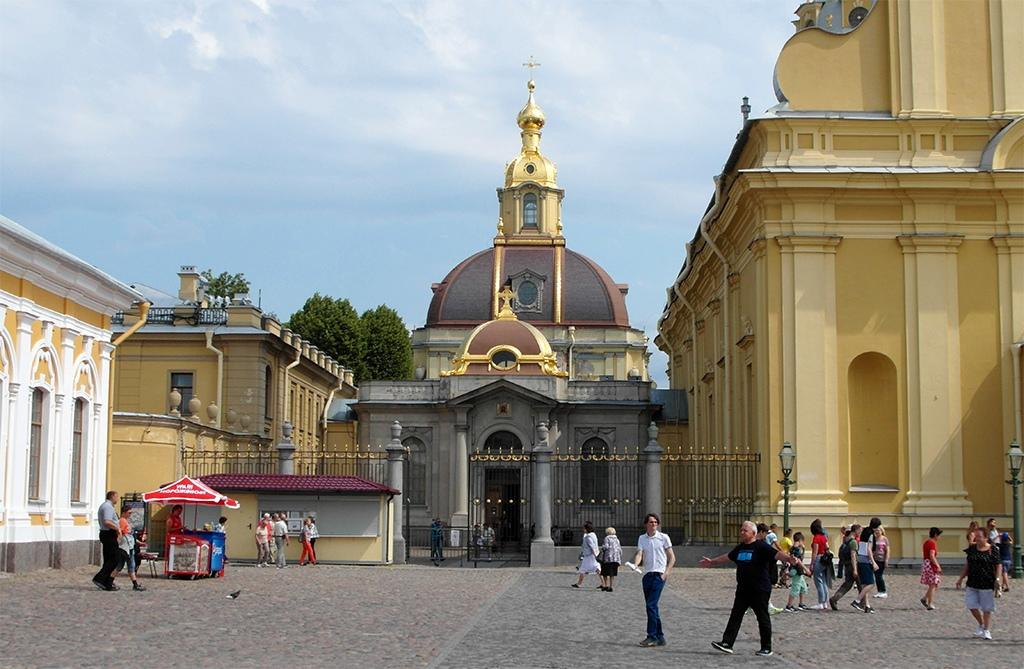 Двор Петропавловской крепости, Санкт-Петербург