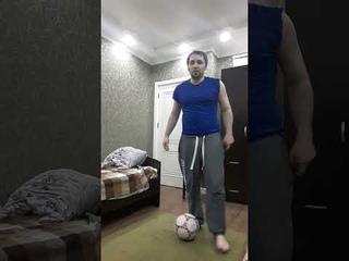 Играю в Футбол делаю футбольные финты готов играть за профессиональную футбольную команду Football.