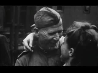 1945, Белорусский вокзал, Первый поезд Победы прибыл в Москву, 10 мая, кинохроника