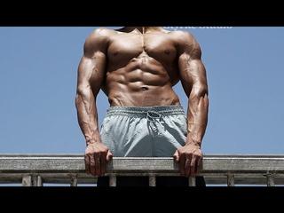 Ben 17 Years Old Bodybuilder Flexing