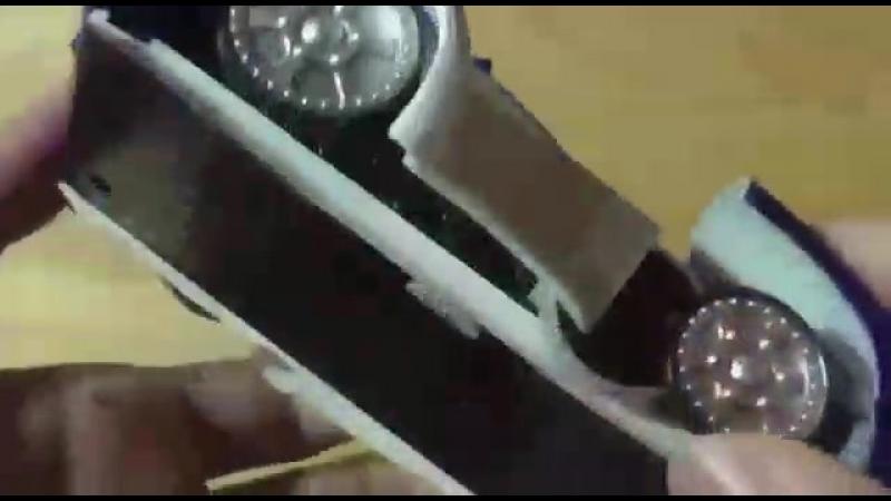 Антигравитационная машина на пульте управления