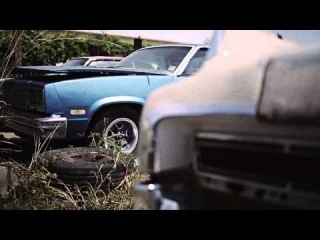 LE$ feat. Young Roddy - Bout It (Prod. Cookin Soul) (Official Music Video)