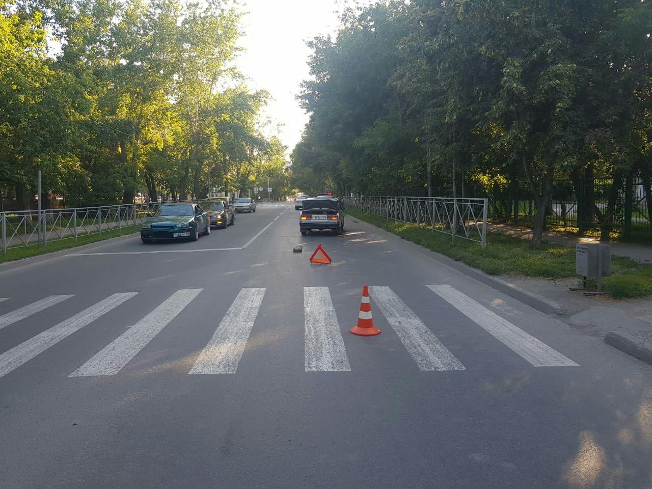 фото Переходил на красный: восьмилетний ребёнок попал под колёса в Новосибирске 2