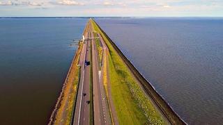Как Нидерланды защищают себя от моря