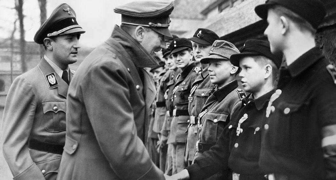 Гитлер в 1945 году