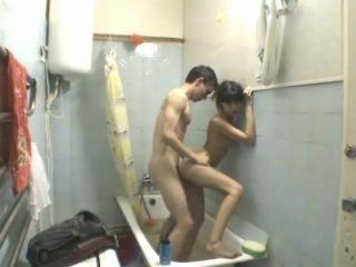 Парень занялся сексом с однокурсницей-казашкой в туалете общежития | русские азиатки | казашка, минет, раком, туалет