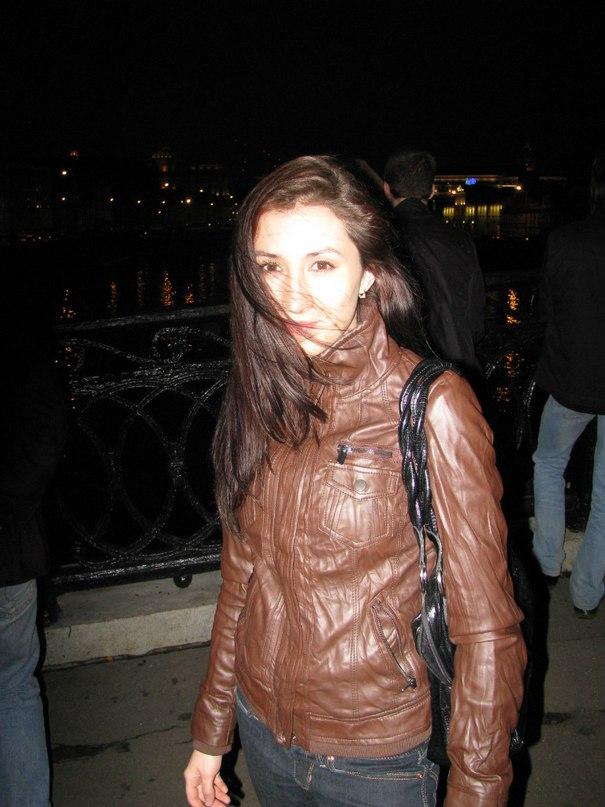 выполняет фото анастасии митиной москва московская область конце