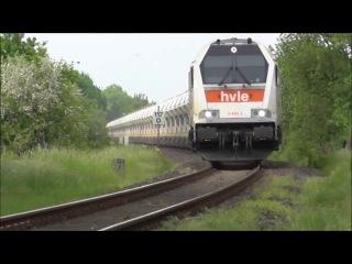 Voith Maxima der HVLE und Bauzug auf der Bahnstrecke Bad Oldesloe Neumunster