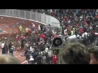 Ярославль 2013 драка фанатов Спартака с ОМОН !