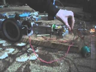 Самодельный четырёхтактный двигатель-2