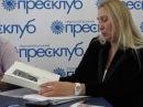 Уляна Ванчура читає прощальне слово Любомири Бойцун до тернополян