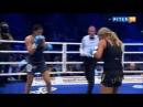 Женский бокс: страстный поцелуй перед боем