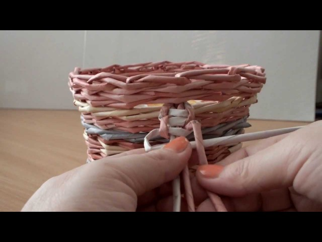 Плетение из газет ручка тесьма узор №2 мастер класс weaving newspapers Cestería con periódicos