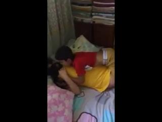 Парень красавчик сделал свою делу,,, 8 летний мальчик изнасиловаеть девочку,,! Секс +18