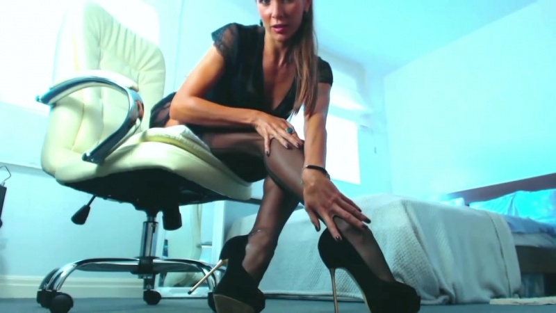 Pantyhose, Nylon, Silk Fetish Stockings Heels and Legs Tease, чулки, колготки, нейлон,
