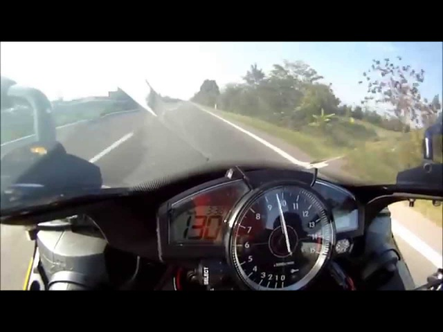 Yamaha r1 2008 very hard acceleration - full akrapovic, yec power