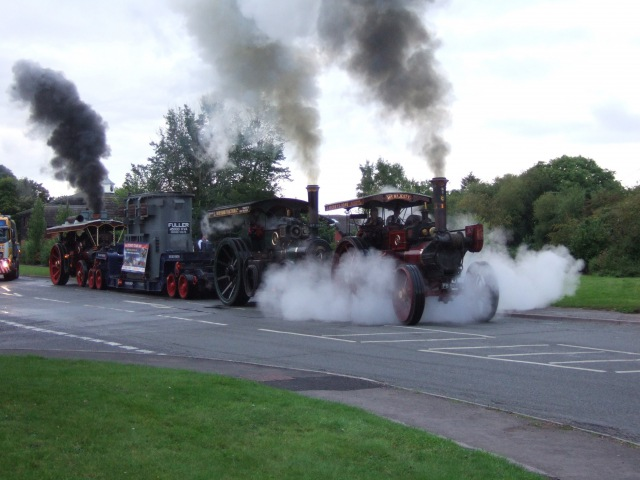12 Steam Engines Driving to the GDSF 2011 - 28/08/11