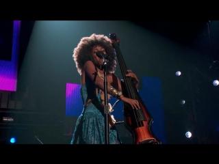 Esperanza Spalding - If I Was Your Girlfriend (Live)