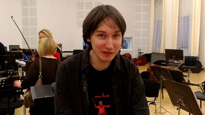 Максим ЕМЕЛЬЯНЫЧЕВ приглашает на концерт