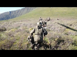 Тувинские старообрядцы поделились с горными стрелками ЦВО навыками выживания в дикой природе