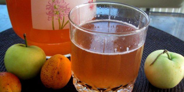 Как сварить компот из абрикосов и заготовить его на зиму, изображение №4