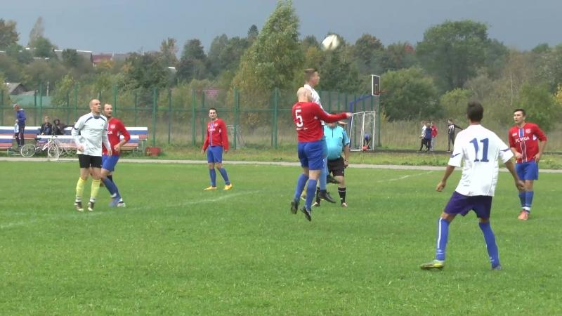 На стадионе Сокол в селе Старая Ладога прошёл заключительный матч по футболу
