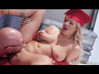 Kylie page [sex_porn_fuck_milf_mom_ass_tits_blowjob_anal_black_brazzers]