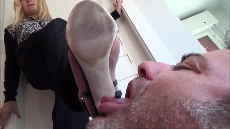 boss-porno-ya-lyublyu-kogda-gospozha-vitiraet-nogi-ob-moy-zhivot-video-porno