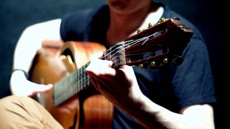 Lukasz Kapuscinski Rains of Castamere Game of Thrones played on Modern Classical Guitar