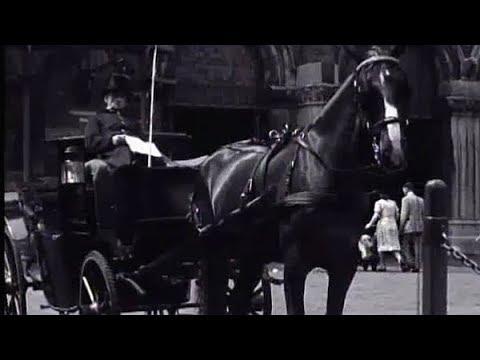 1947 Sightseeing met een 'Aapje' in Amsterdam oude filmbeelden